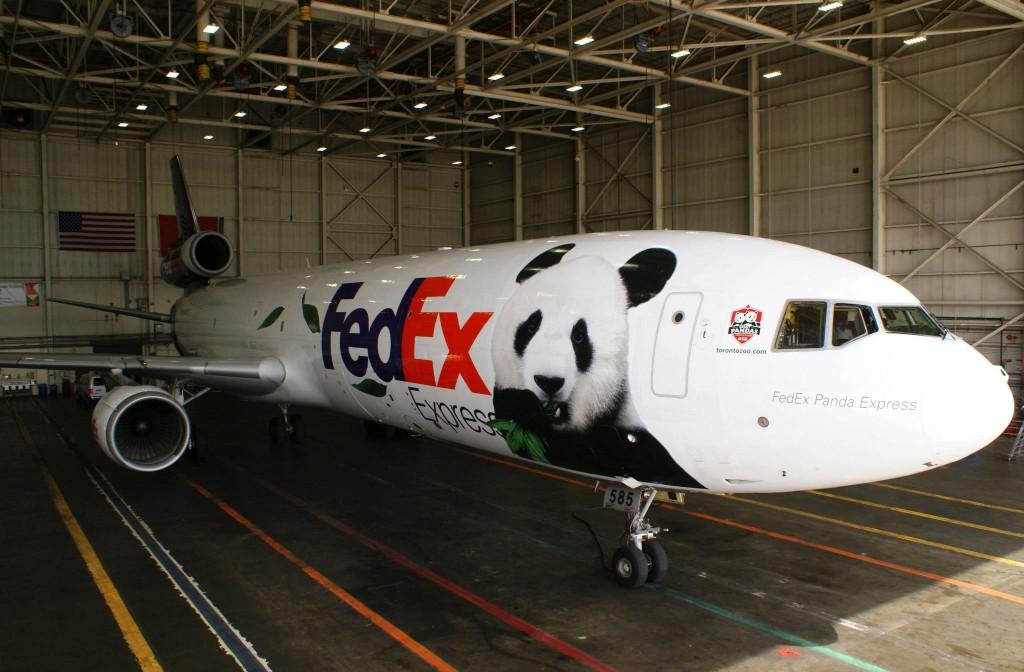 Panda Diplomacy - FedeX panda plane